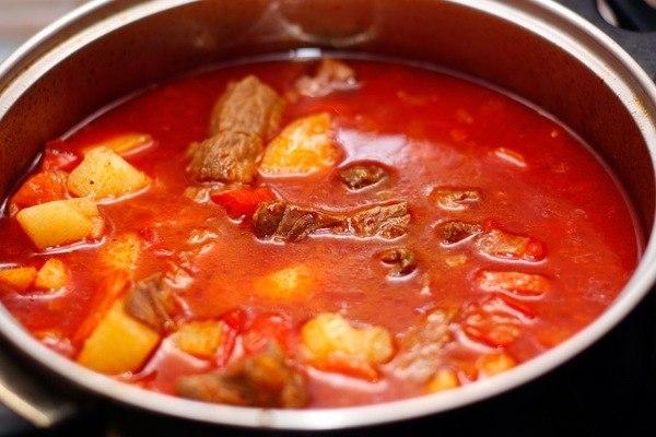 рецепт гуляша с мясом из свинины