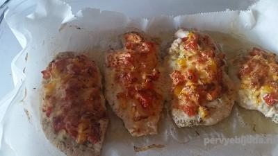 филе с овощами и сыром