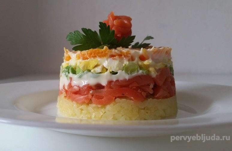 салат из соленого лосося на праздник