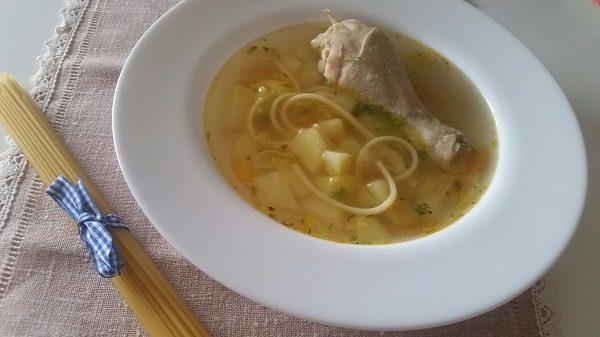 суп из куриных ножек