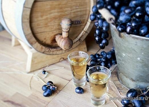 чача из виноградного жмыха