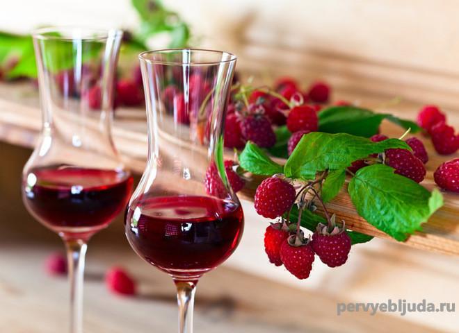 Как сделать домашнее вино из малины