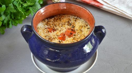 горшочек с рисом и свининой