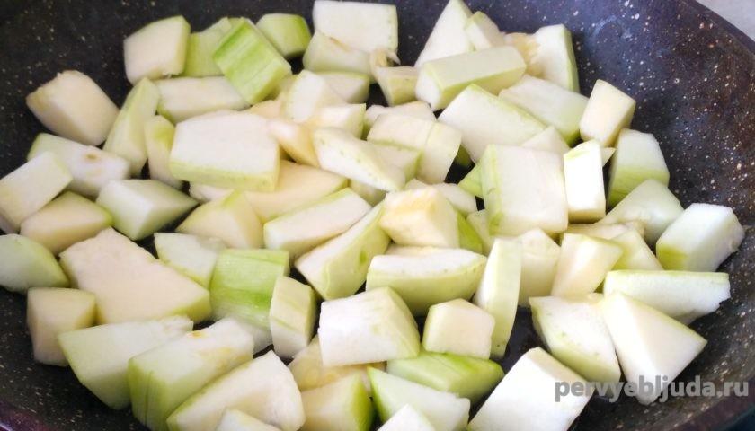 кабачки на сковороде