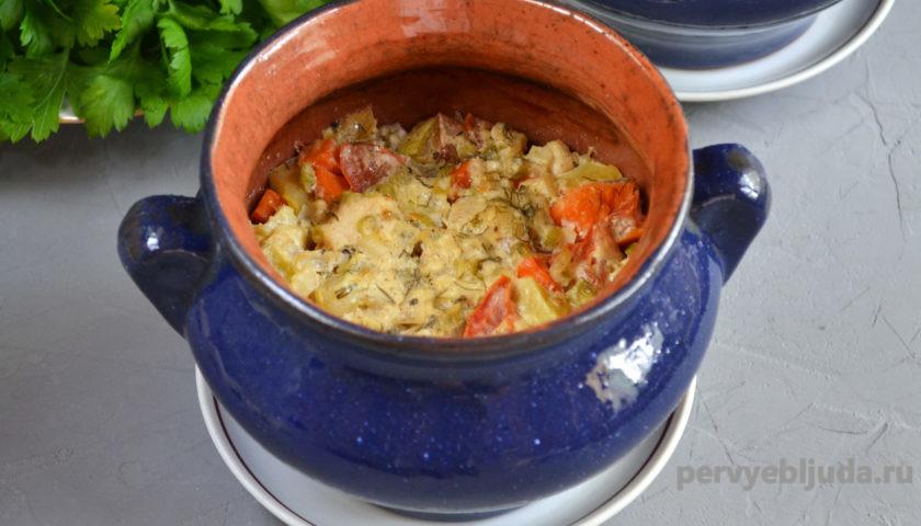 готовим овощное рагу с курицей в горшочке