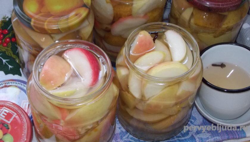 домашняя заготовка ассорти из фруктов в сиропе