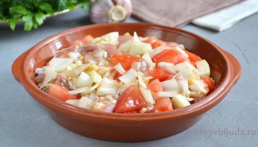 готовим курицу с овощами в духовке