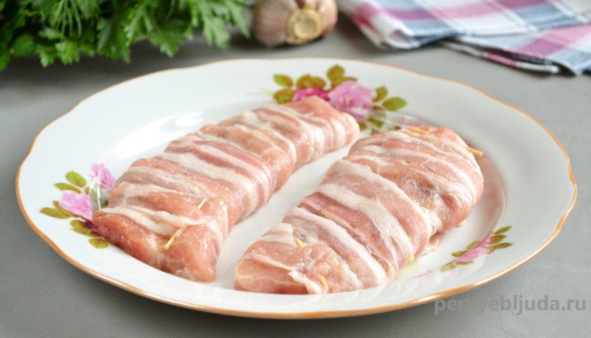 свинина в беконе