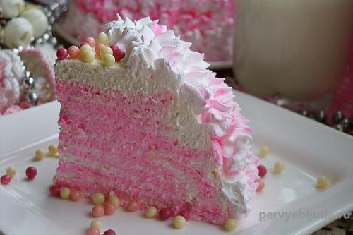 кусочек торта из творога