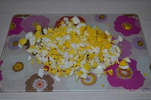 рубленные яйца