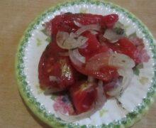 салат из помидор на зиму пальчики оближешь