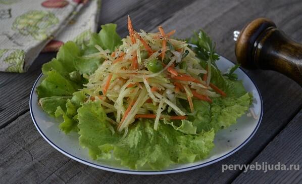 салат из зеленой редьки с морковью