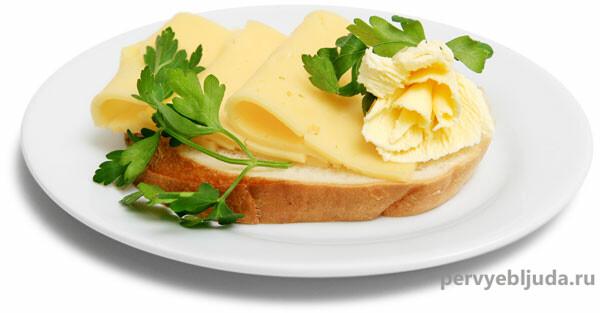 бутерброды с сыром и маслом