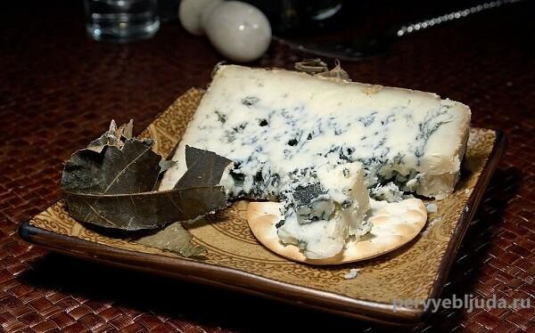 Как сделать сыр с голубой плесенью самостоятельно