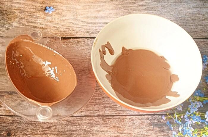 заливаем шоколад в форму