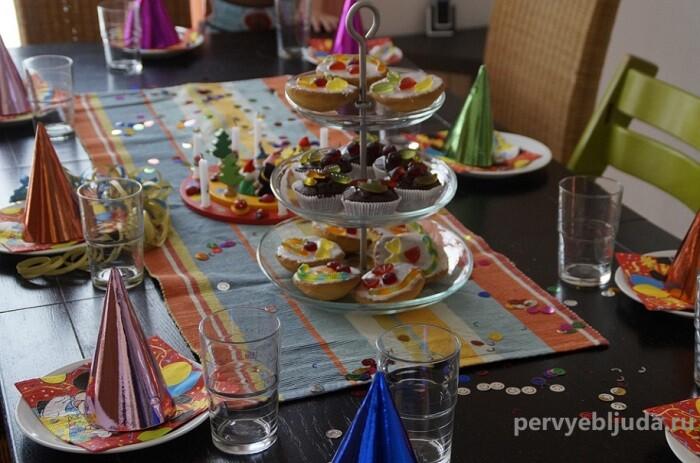 Как накрыть стол на детский день рождения и организовать праздник