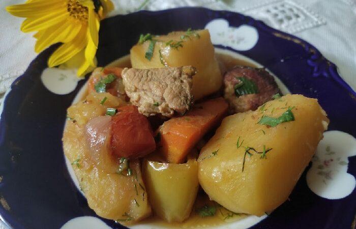жаркое из свинины с картофелем