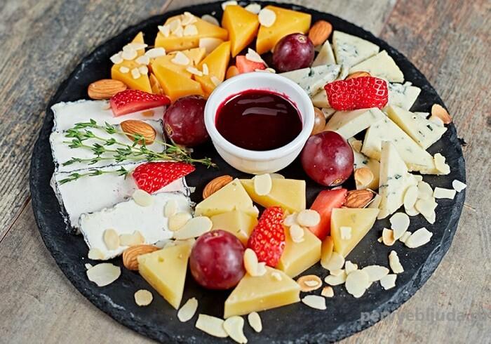 фруктово-сырная тарелка