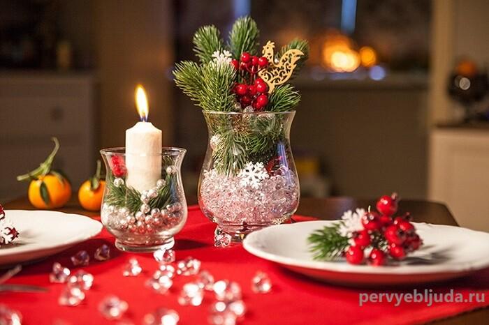 идея украшения новогоднего стола