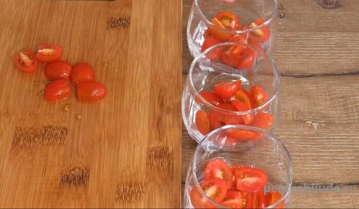 режем помидоры черри