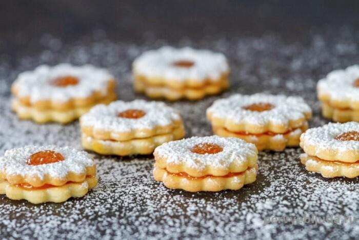 новогоднее печенье с начинкой