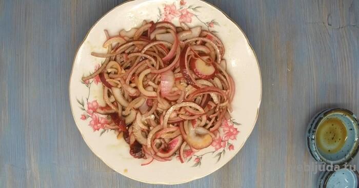 маринованный лук в соевом соусе без уксуса