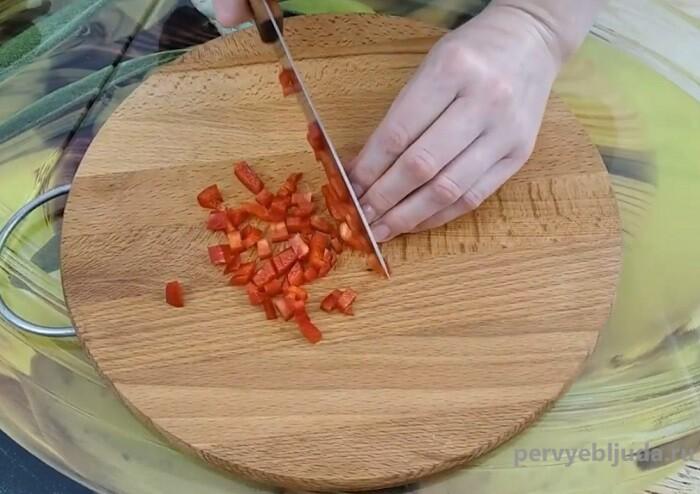 режем сладкий перец